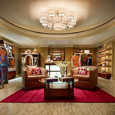Hotel Boom: Why Hotels Are Hosting Jewelry Boutiques