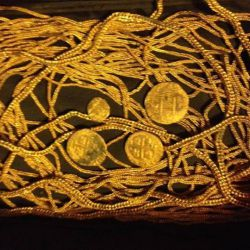 Florida Treasure Hunters Find $500,000 in Gold Jewelry