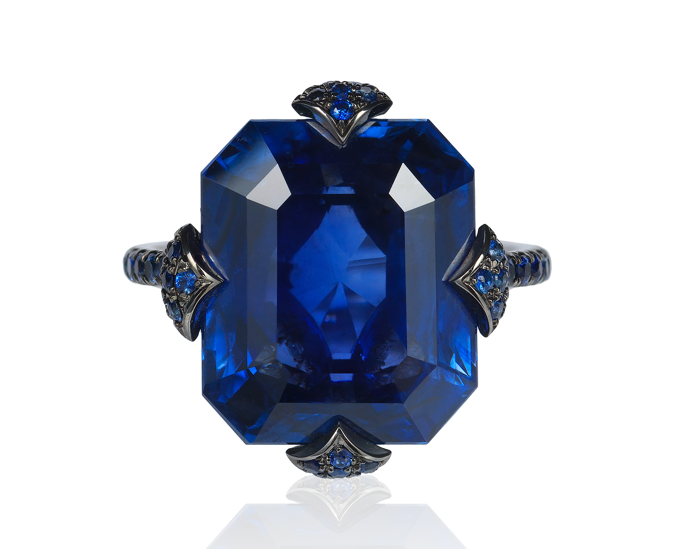 Bayco emerald-cut Ceylon sapphire ring #BrittsPick | JCK On Your Market