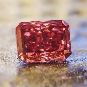 Argyle Everglow 2.11 carat radiant shaped Fancy Red diamond