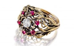 Romantic Vine Ring with diamonds and rubies in 18k yellow gold