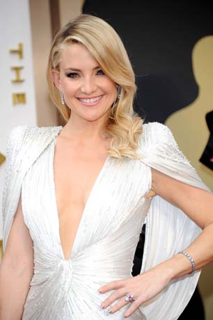 Kate Hudson in Neil Lane platinum jewelry