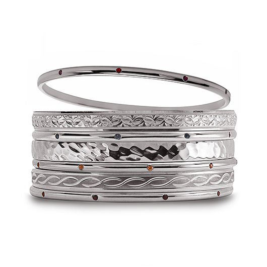 Stacked bands in silver