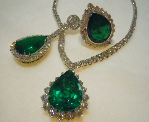 Emerald and diamond jewels from East Continental Gems