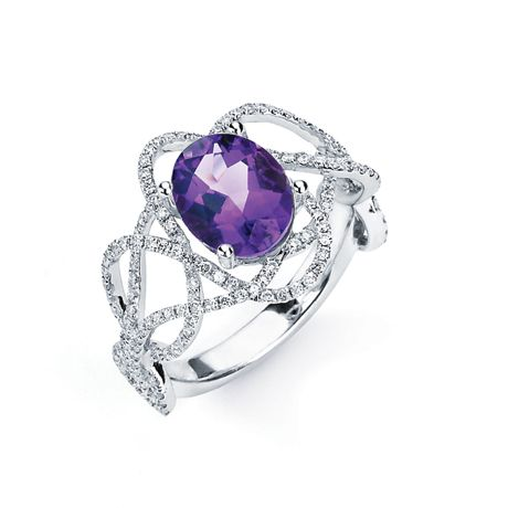 Tanzanite and diamond ring from Hildago