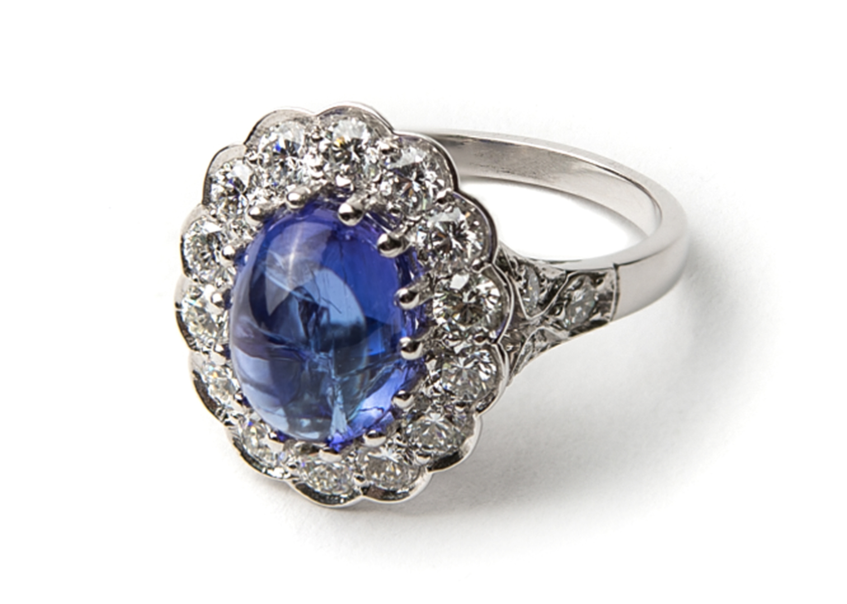 Lord Jewelry tanzanite cabochon ring | JCK On Your Market
