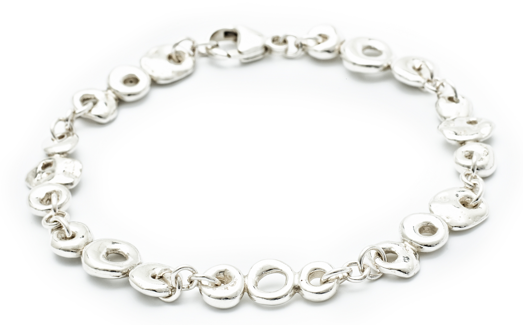 Johanna Brierley Beach Stone bracelet | JCK On Your Market
