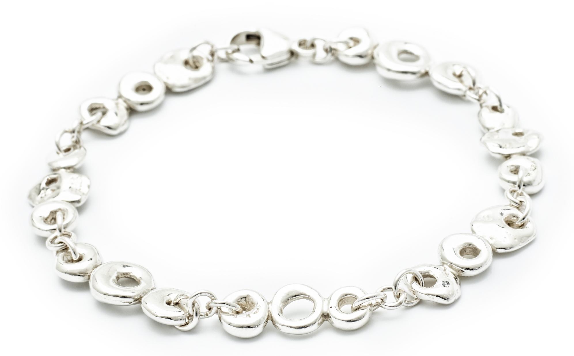 Johanna Brierley Beach Stone bracelet | JCK On Your Market