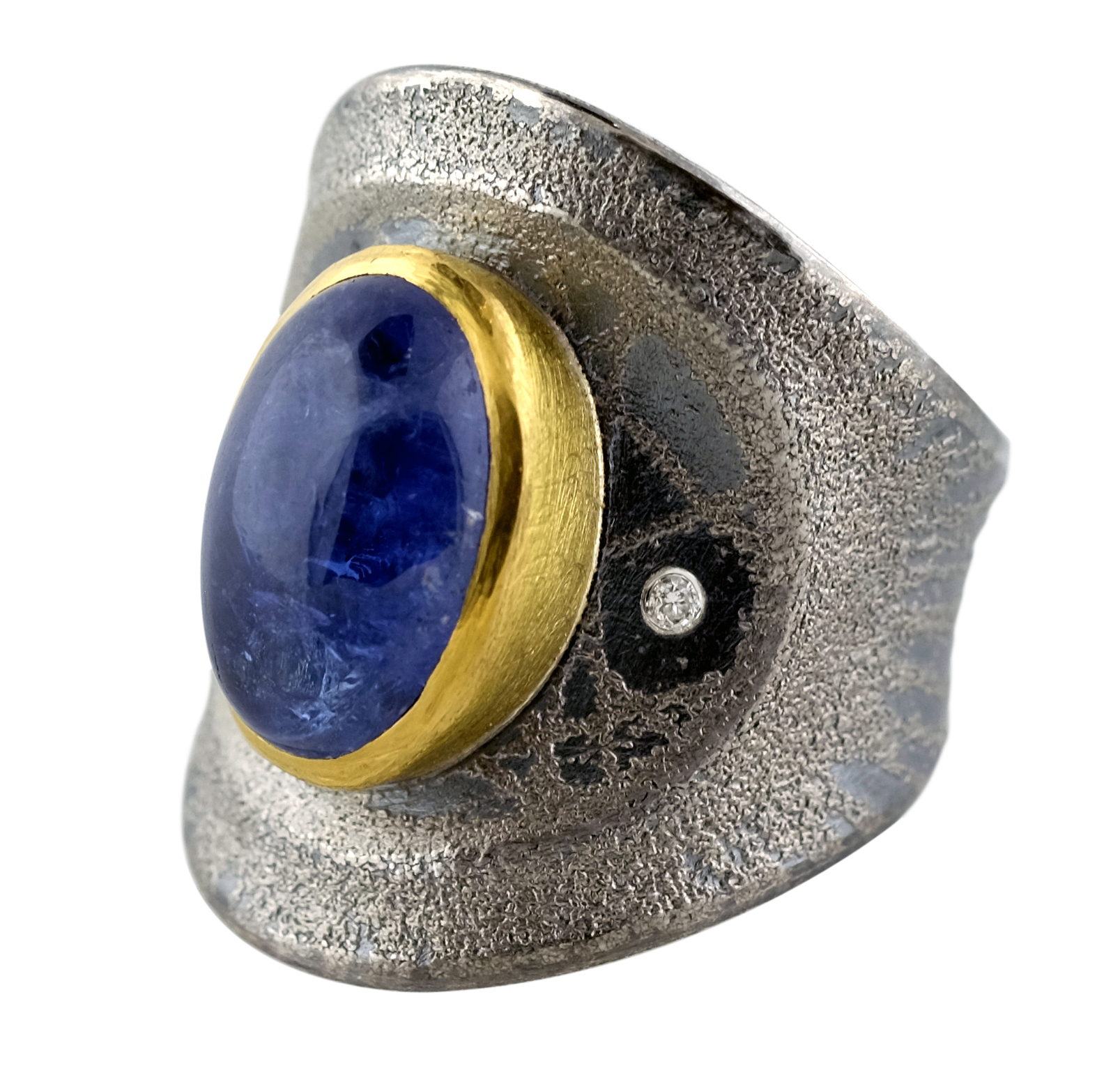 Atelier Zobel sapphire ring | JCK On Your Market