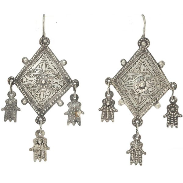 8e0309708 It's not that I reserve silver jewelry strictly for summer wear, but that's  when I tend to reach for it the most. I remember my mother storing away her  ...