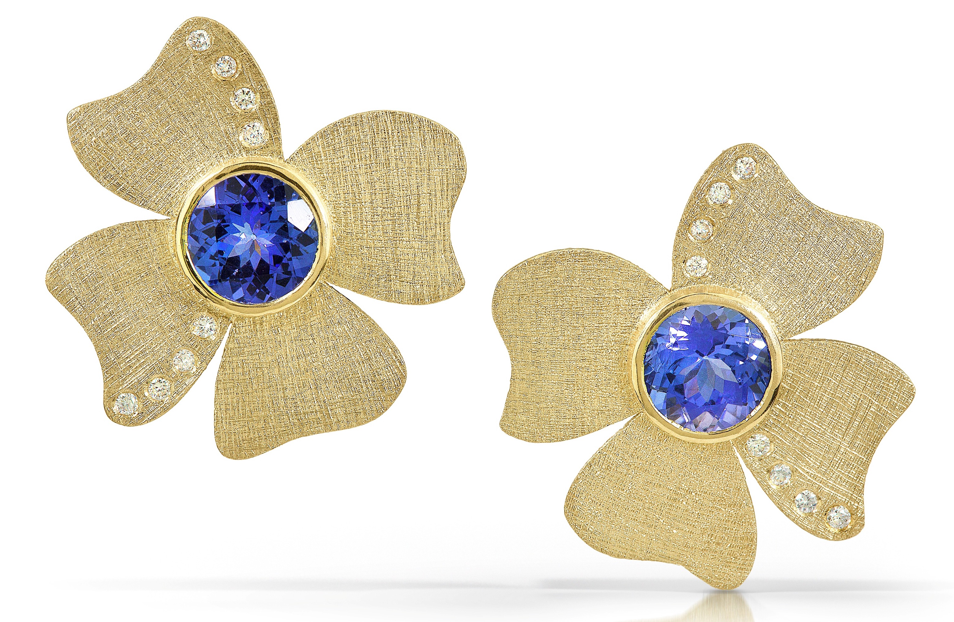 Alishan tanzanite flower earrings