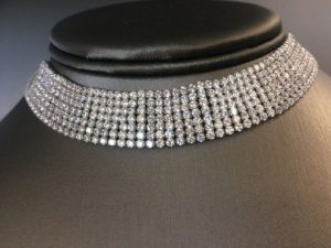 Djula diamond choker