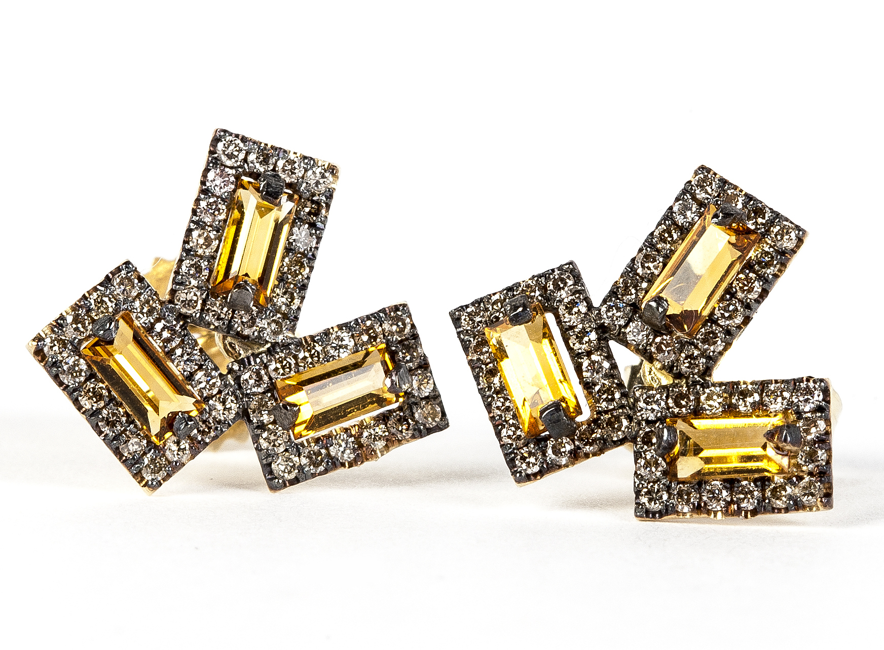 Suzanne Kalan stud earrings
