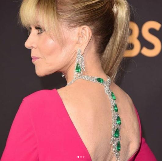 Jane Fonda in 200 cts of Gismondi 1754 diamonds and emeralds