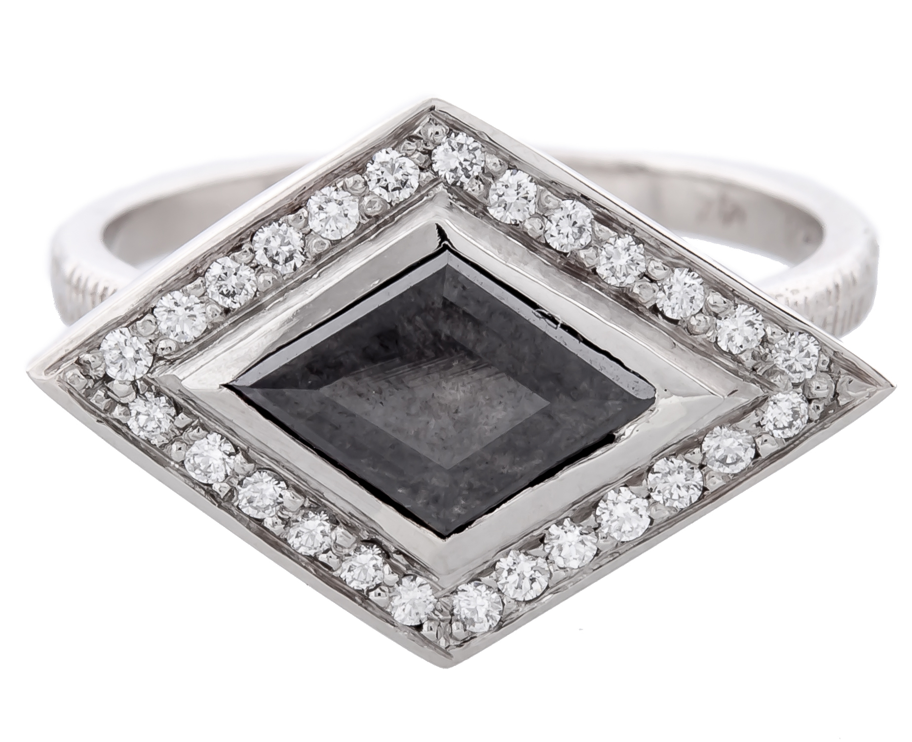 Kaali Designs Stormy Grey kite diamond ring | JCK On Your Market