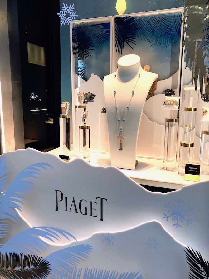 14 December Piaget Holiday Window Display 2017 copy
