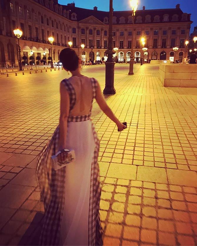 1 lklevinson rochas gown Paris