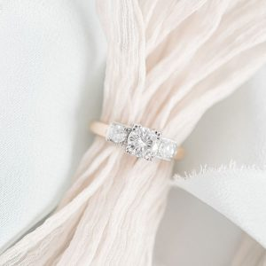 Lead L Priori Three Stone Ring