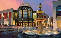 Macys store exterior holiday theme