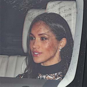 Meghan Markle Wears Snowflake Earrings By Birks To Queen S