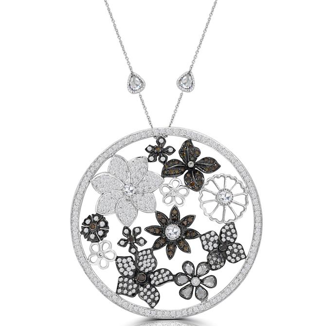 Vivaan Flower Garden diamond pendant