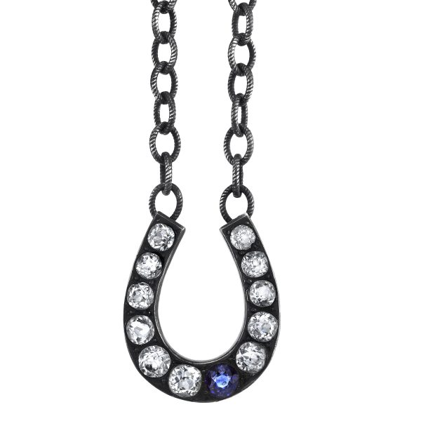 Anabel Higgins Grace horseshoe pendant