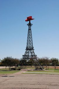 paris texas eiffel tower