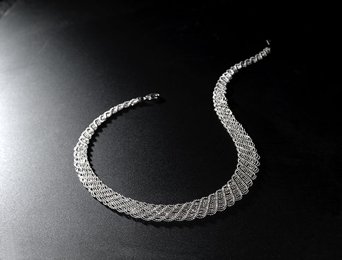 Suna Bros Large Lace Platinum Necklace