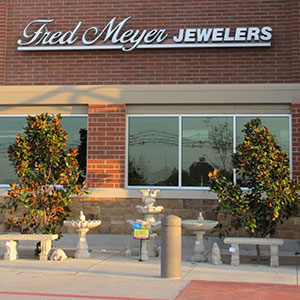 Fred Meyers Jewelers store exterior