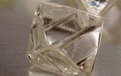 De Beers rough diamonds