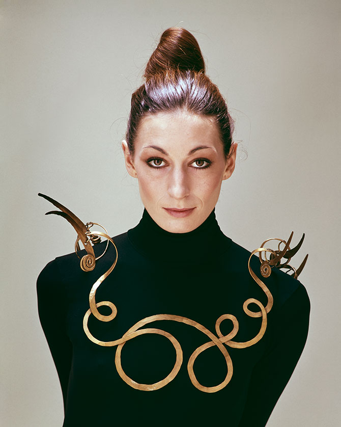 Evelyn Hofer Estate Angelica Houston wearing Alexander Calder