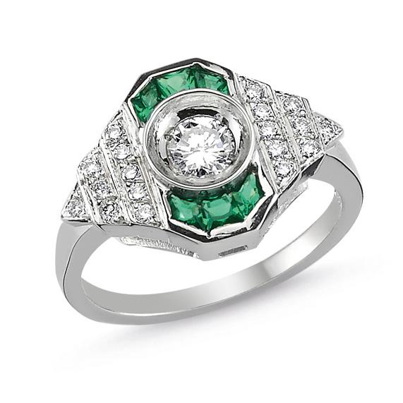 Melis Goral Paris emerald ring