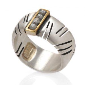 Eva Stone raw diamond ring