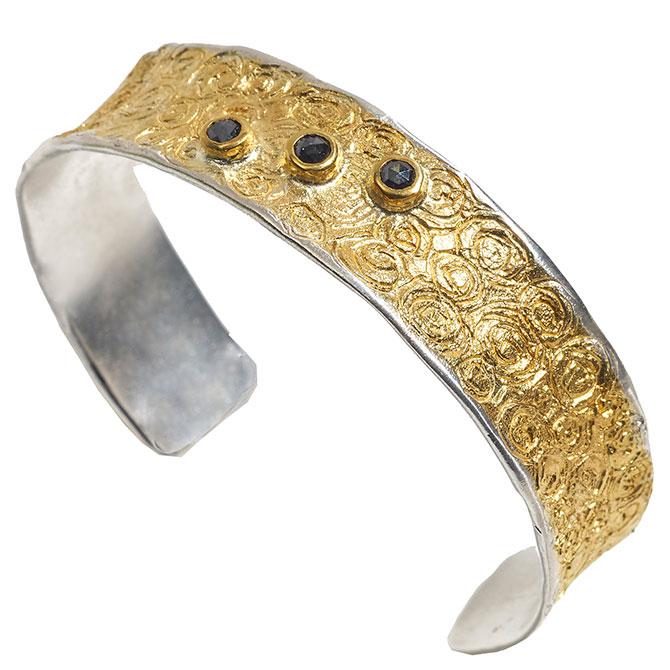 Eva Stone Circles cuff bracelet