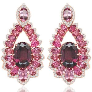 Sutra garnet earrings