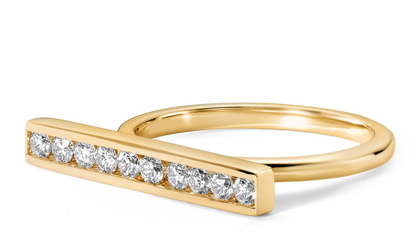 Lili Claspe x Ritani Round Diamond Bar ring