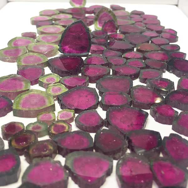New York City Lapidary Artist Like Robert Bentley You Re Bound To Pick Up Some Knowledge About Gemstoneinerals And If A Jewelry Designer