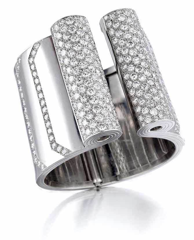 Bonhams New York Sale April 17 Deco Diamond Cuff Lot 125