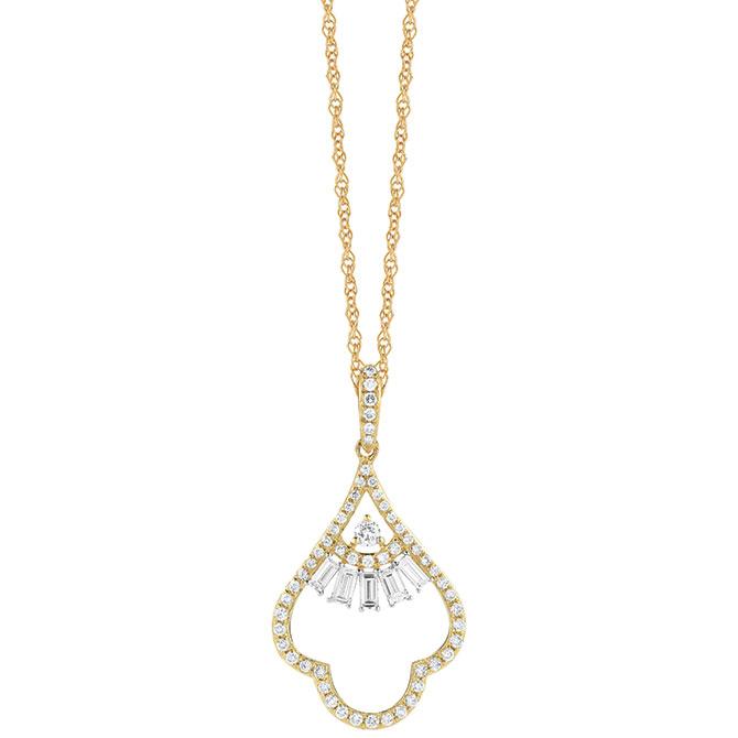 Royal Jewelry diamond pendant