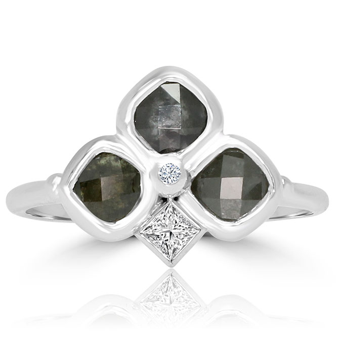 Vivaan icy diamond ring