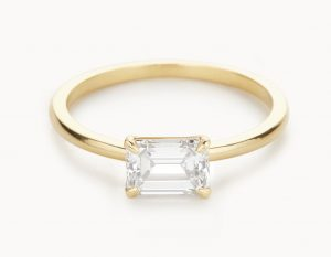 Vrai & Oro emerald-cut engagement ring