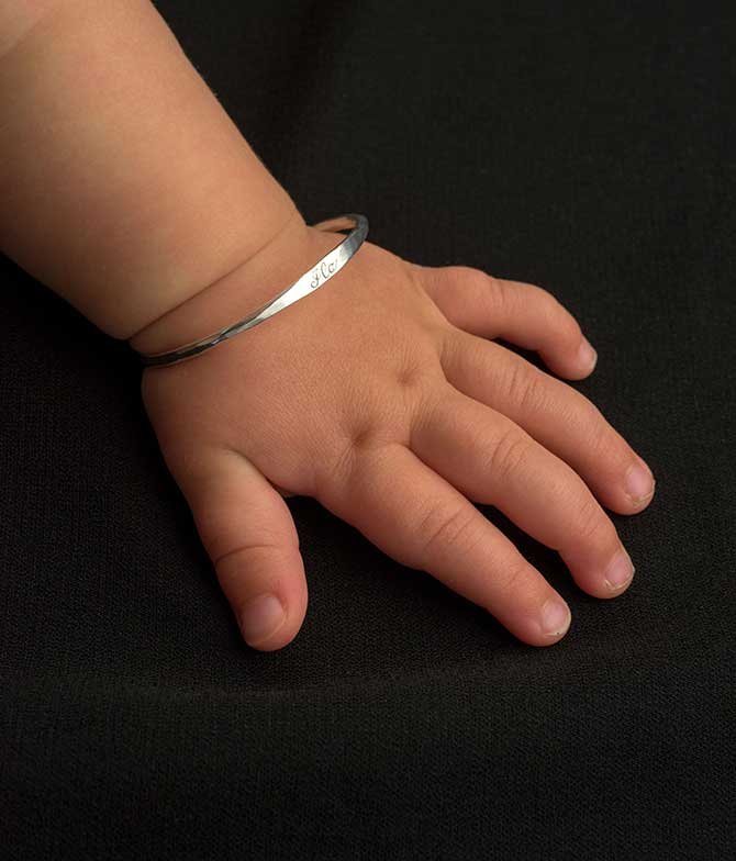 Bario Neal Baby bangle in silver