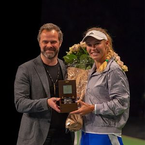 Caroline Wozniacki receiving Shamballa Royal bracelet
