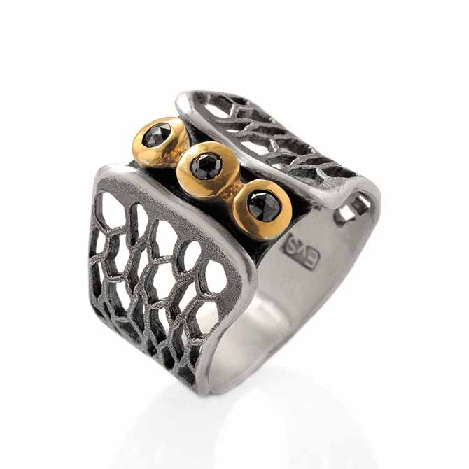 Eva Stone black diamond ring