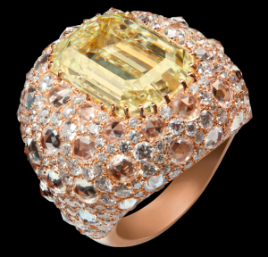 Fancy yellow diamond ring in rose gold