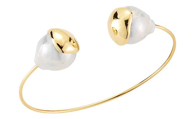 mizuki gold wire pearl bangle