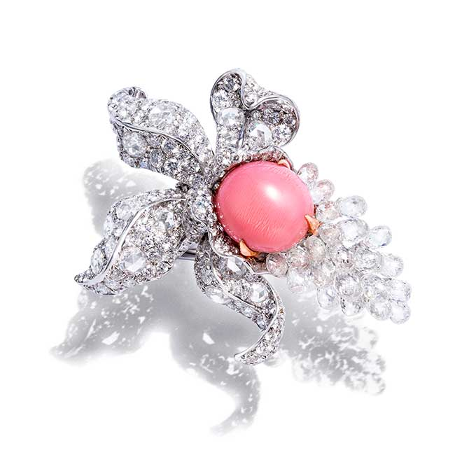 Anna Hu Enchanted Orchid conch pearl ring