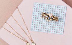 Nine Roses jewelry