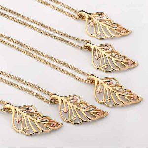 Clogau Debuante gold pendant