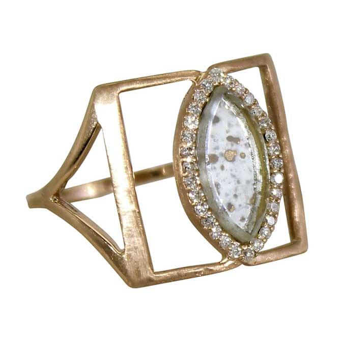 Darsana ring